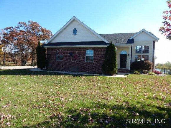 Real Estate for Sale, ListingId: 30475863, Worden,IL62097