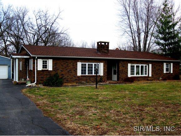 Real Estate for Sale, ListingId: 30605804, Staunton,IL62088