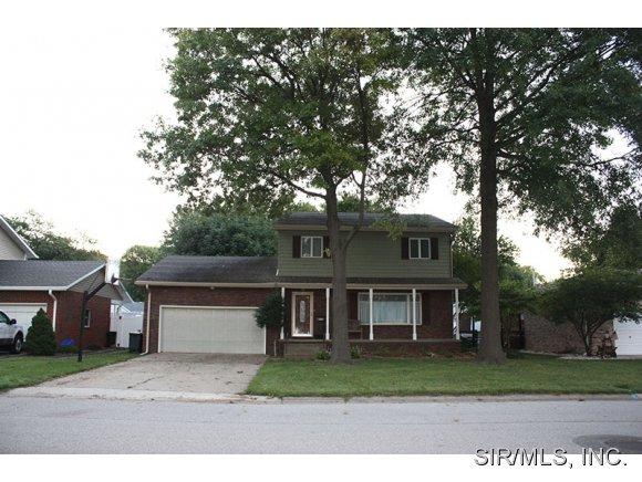Real Estate for Sale, ListingId: 30605948, Wood River,IL62095