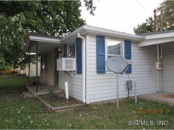 102 Sherman St, Jerseyville, IL 62052