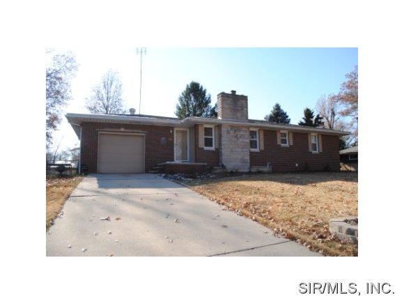 Real Estate for Sale, ListingId: 30724933, Godfrey,IL62035