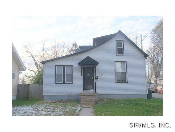 Rental Homes for Rent, ListingId:30745333, location: 3124 ROLAND Avenue Belleville 62226