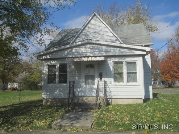 529 E Church St, Sparta, IL 62286