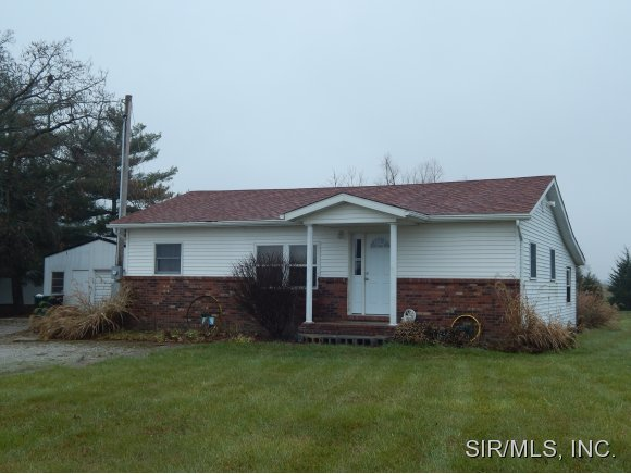 4134 Black Jack Rd, Red Bud, IL 62278