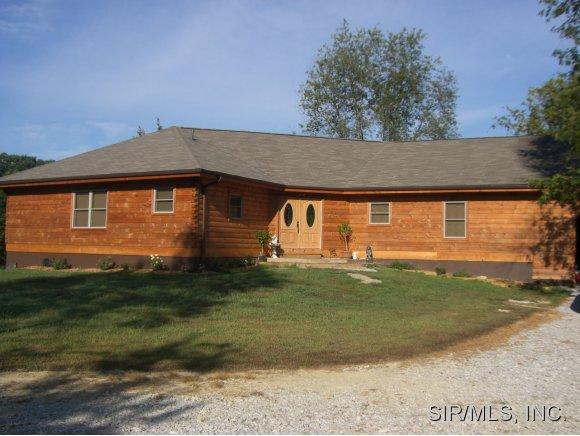 Real Estate for Sale, ListingId: 30913882, Worden,IL62097