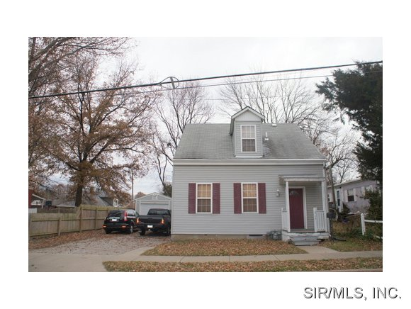 Rental Homes for Rent, ListingId:30932565, location: 317 North 6TH Street Belleville 62220
