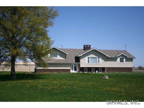 Real Estate for Sale, ListingId: 31068224, Staunton,IL62088