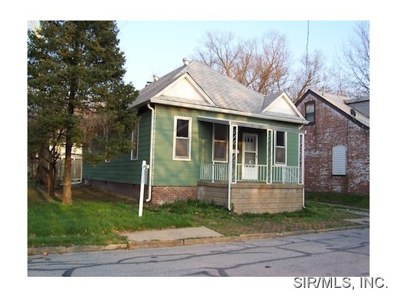 Rental Homes for Rent, ListingId:31110274, location: 118 12TH Street Belleville 62220