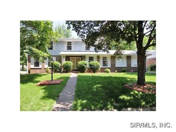 Real Estate for Sale, ListingId: 31355269, Godfrey,IL62035