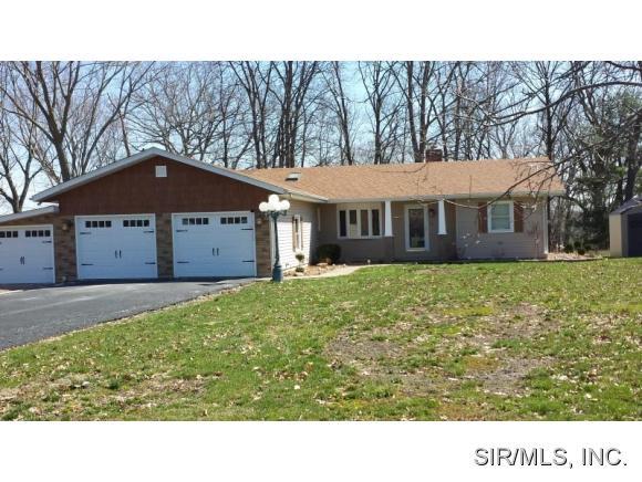 Real Estate for Sale, ListingId: 31606094, Hillsboro,IL62049