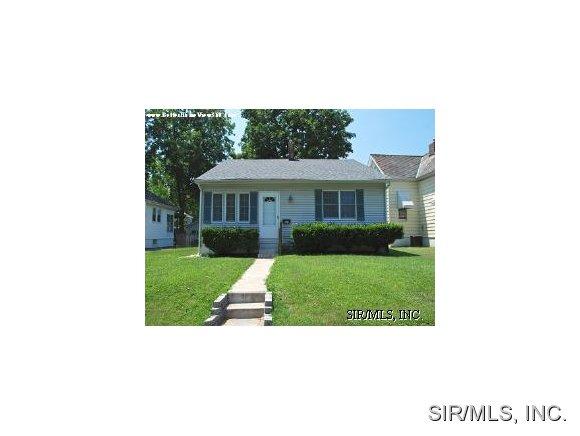 Rental Homes for Rent, ListingId:31742978, location: 121 LUCINDA Avenue Belleville 62221