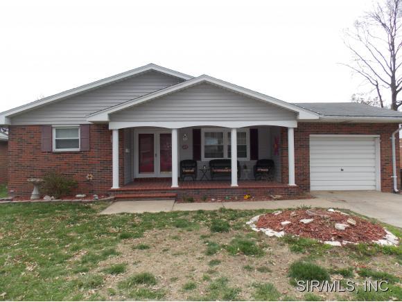 Real Estate for Sale, ListingId: 31803282, Wood River,IL62095