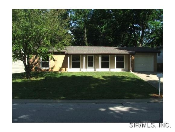 Rental Homes for Rent, ListingId:31876563, location: 300 LAUREL Drive Fairview Heights 62208