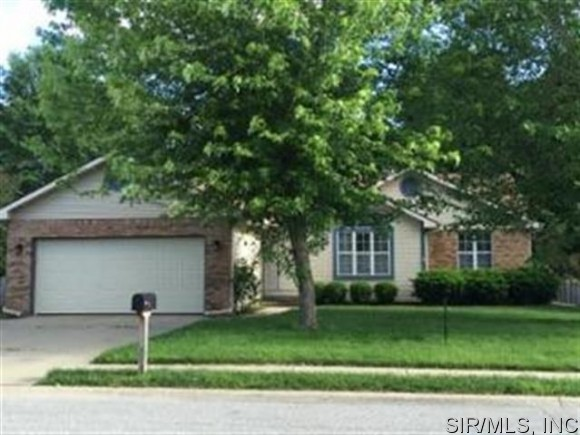 Rental Homes for Rent, ListingId:31997073, location: 309 GRIFFIN GATE O Fallon 62269