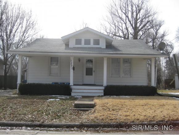 Rental Homes for Rent, ListingId:32049214, location: 3250 HAWTHORNE Alton 62002