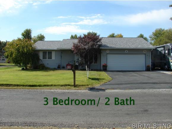 Real Estate for Sale, ListingId: 32049252, Staunton,IL62088