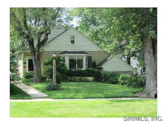 Rental Homes for Rent, ListingId:32080089, location: 327 EUCLID Avenue Highwood 60040