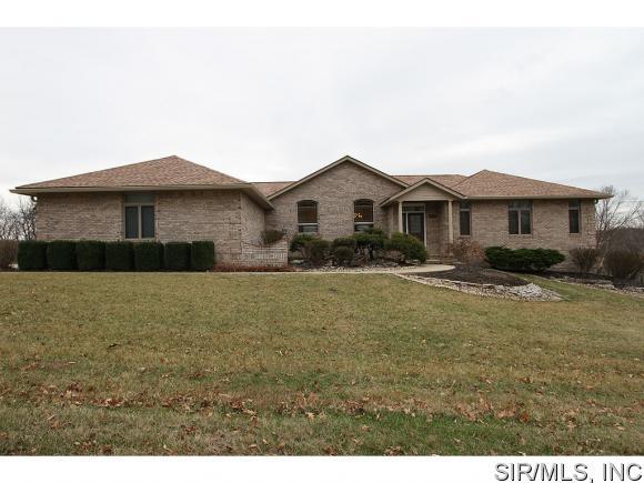 Real Estate for Sale, ListingId: 32241860, Godfrey,IL62035