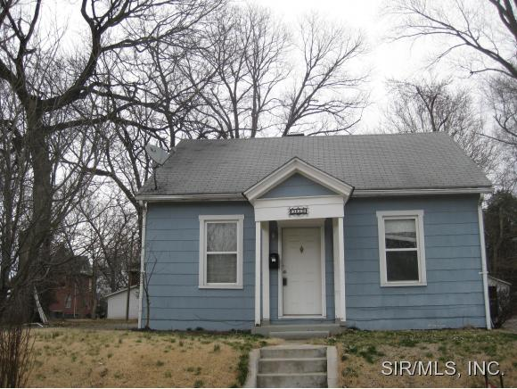 Rental Homes for Rent, ListingId:32307721, location: 302 OLIVE Street Edwardsville 62025