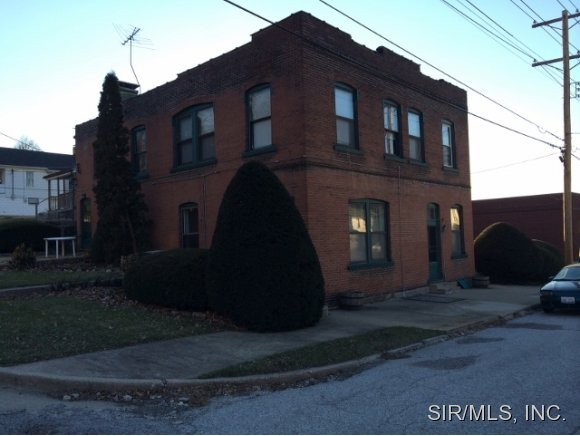 Rental Homes for Rent, ListingId:32928528, location: 201 6TH Street Alton 62002