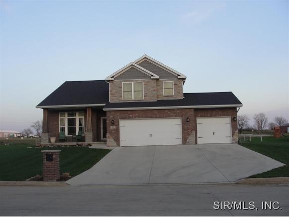 Real Estate for Sale, ListingId: 32936392, Lexington,IL61753