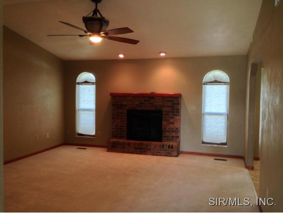 Rental Homes for Rent, ListingId:32978607, location: 446 TRAUBEL Drive Fairview Heights 62208