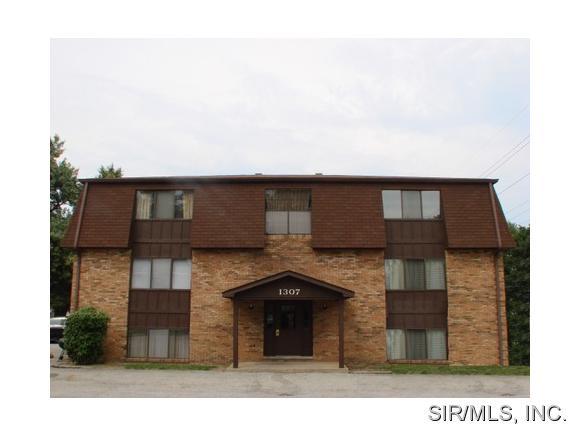 Rental Homes for Rent, ListingId:33072826, location: 1307 17TH Street Belleville 62226