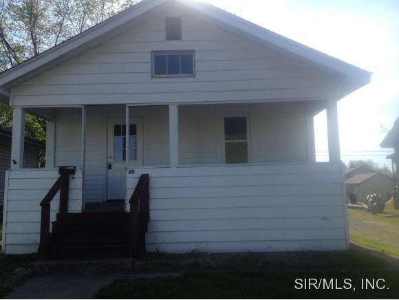 Rental Homes for Rent, ListingId:33072733, location: 211 OHIO Street East Alton 62024