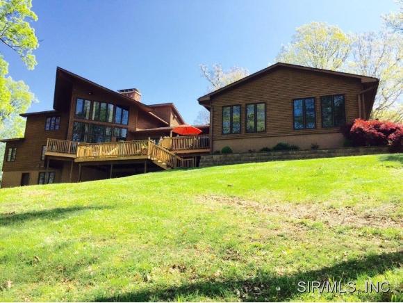 Real Estate for Sale, ListingId: 33072759, Hillsboro,IL62049