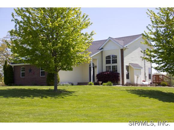 Real Estate for Sale, ListingId: 33107147, Worden,IL62097