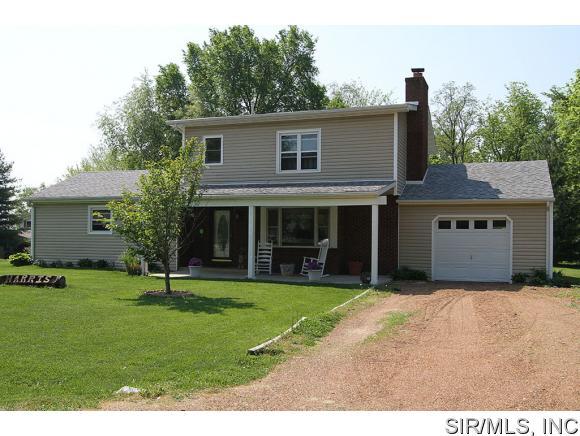 Real Estate for Sale, ListingId: 33182428, Worden,IL62097