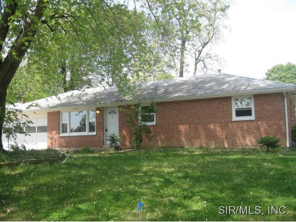 Rental Homes for Rent, ListingId:33215828, location: 304 MERCURY Godfrey 62035