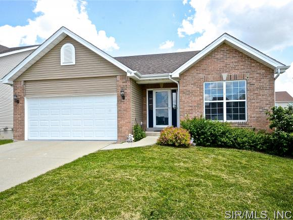 Rental Homes for Rent, ListingId:33377638, location: 2412 PERSIMMON WOOD Drive Belleville 62221