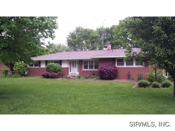 Real Estate for Sale, ListingId: 33396749, Hillsboro,IL62049