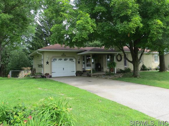 Real Estate for Sale, ListingId: 33485120, Godfrey,IL62035