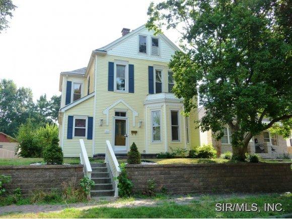 Rental Homes for Rent, ListingId:33592246, location: 111 WABASH Avenue Belleville 62220