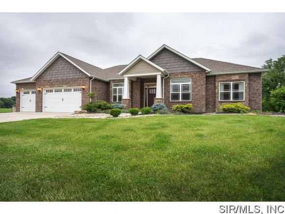 Real Estate for Sale, ListingId: 33611282, St Jacob,IL62281