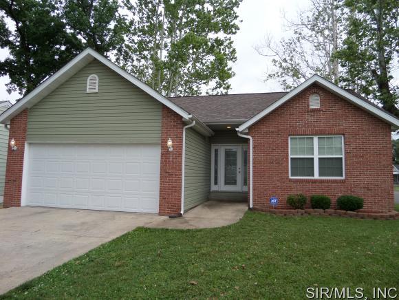 Real Estate for Sale, ListingId: 33631729, Wood River,IL62095