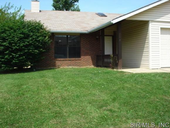 Rental Homes for Rent, ListingId:33894155, location: 719 GANIM Drive Belleville 62221