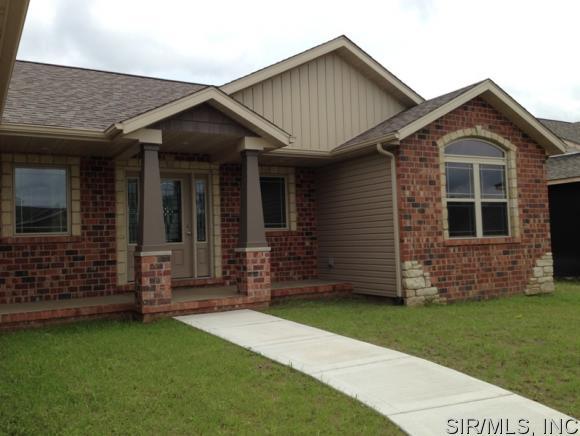 Real Estate for Sale, ListingId: 34056981, Granite City,IL62040