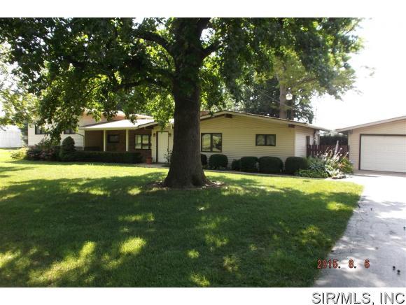 Real Estate for Sale, ListingId: 34224133, Granite City,IL62040