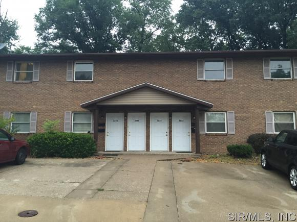 Rental Homes for Rent, ListingId:34292465, location: 3234 CHARLOTTE Court Alton 62002