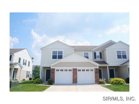 Rental Homes for Rent, ListingId:34305284, location: 4055 GENTRY Lane Swansea 62226