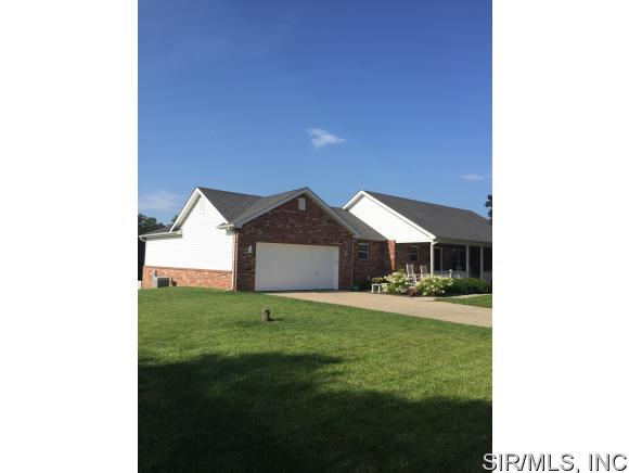 Real Estate for Sale, ListingId: 34346370, Smithton,IL62285
