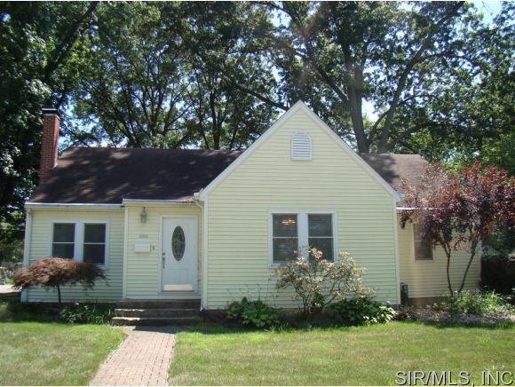 Real Estate for Sale, ListingId: 34588541, Breese,IL62230