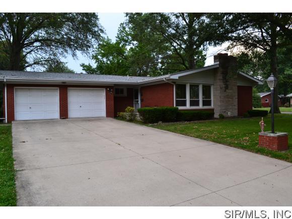 Real Estate for Sale, ListingId: 34606257, Breese,IL62230