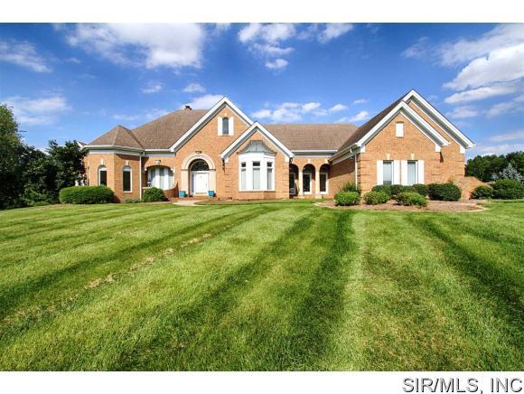 Real Estate for Sale, ListingId: 34606230, Godfrey,IL62035