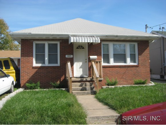Rental Homes for Rent, ListingId:34644047, location: 517 MARSH Alton 62002