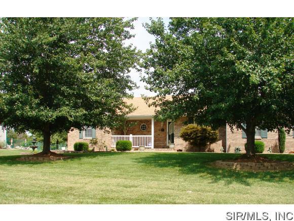Real Estate for Sale, ListingId: 34965107, Brighton,IL62012