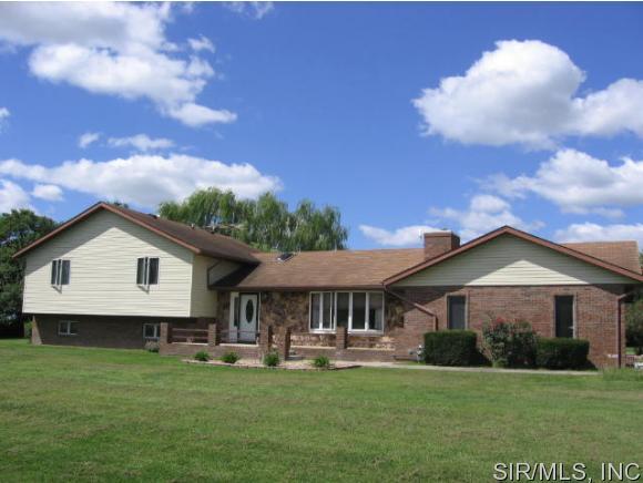 Real Estate for Sale, ListingId: 35099166, Breese,IL62230